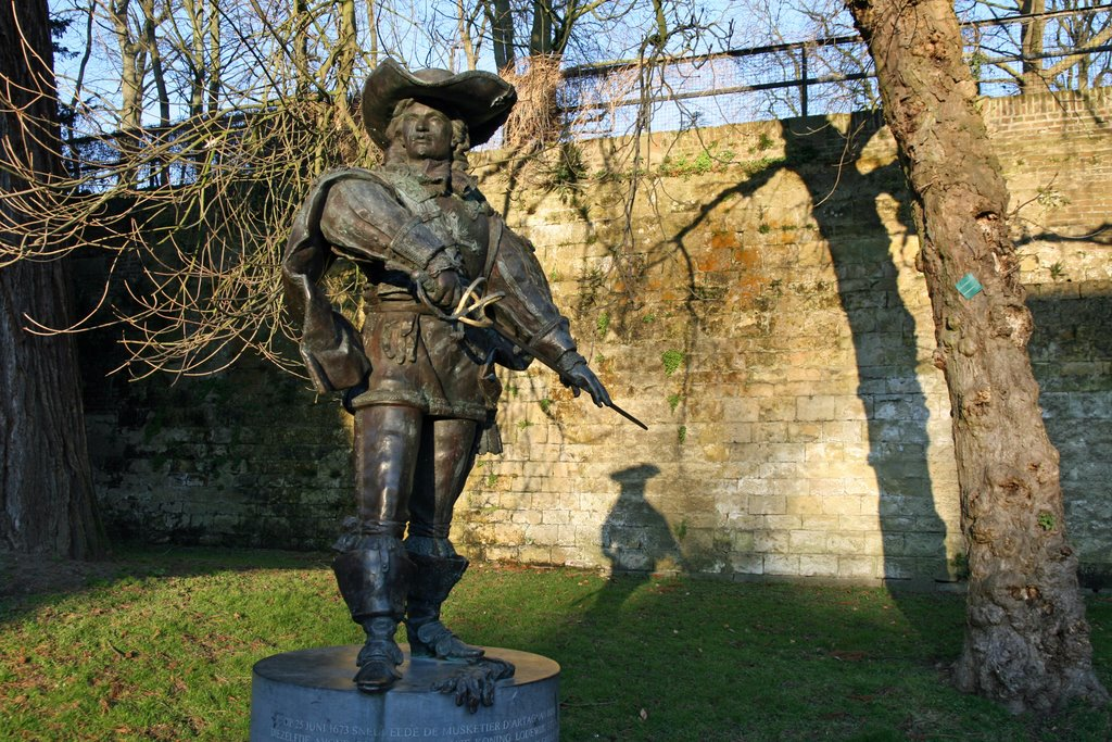 Standbeeld dArtagnan (2003) Maastricht, Маастрихт