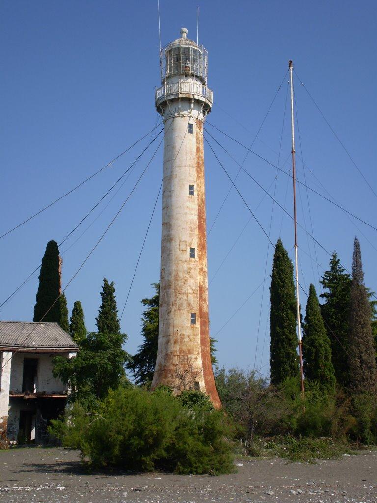 Сухумский маяк, Гали