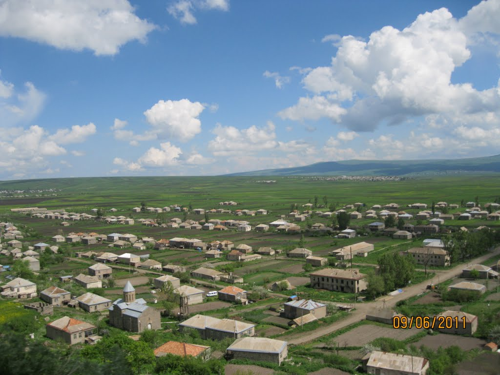 Avranlo village, Ленингори