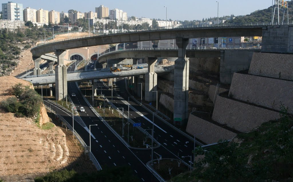 Haifa, Carmal tunnels, going east., Хайфа