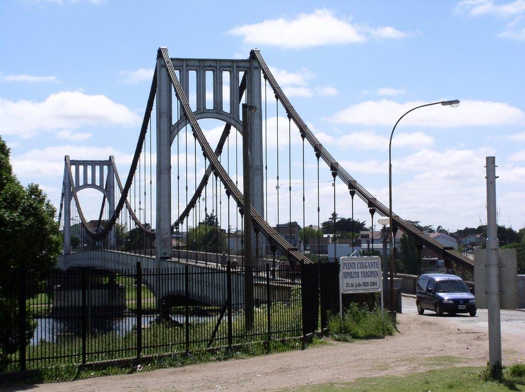 Necochea - Puente Colgante 1929-2004, Некочеа
