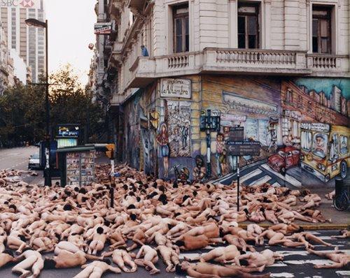 Spencer Tunick en Buenos Aires, Олаварриа