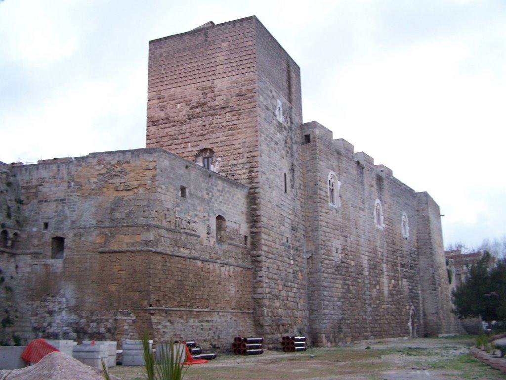 Bari - Il Castello al Tramonto, Бари