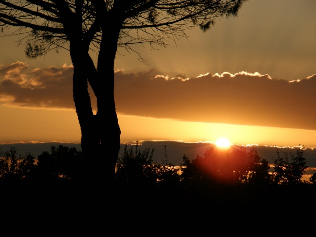 tramonto in superstrada, Калтагирон