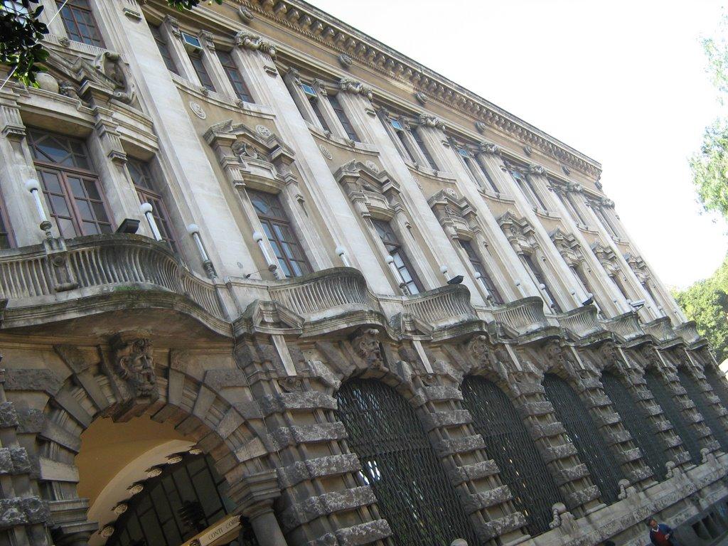 Post Office Palace ( XIX-XX C. ), Катания
