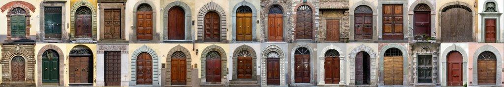 Tock Tock... chi e ???          fotografie scattate a Arezzo e a Lucca  dal mio amico Fabio, Ареццо