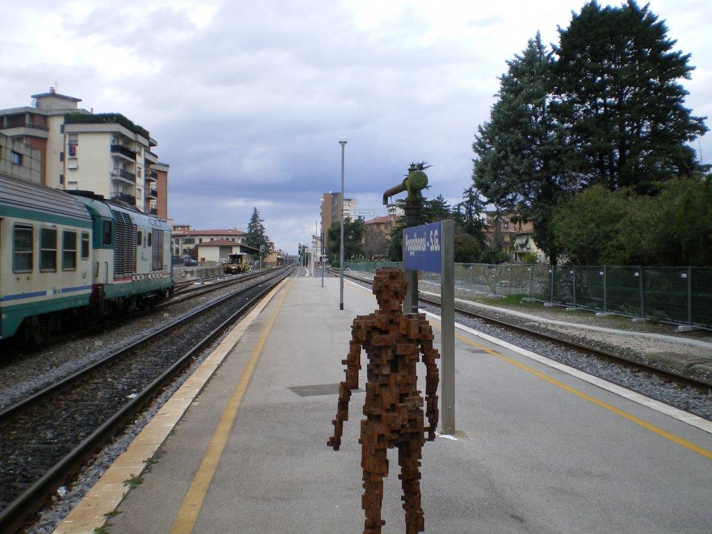Platform Statue Poggibonsi, Виареджио
