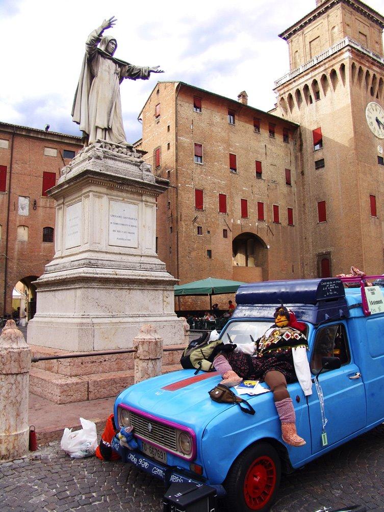 Savonarola predica al pupazzo, Ferrara Buskers Festival, 20 agosto 2007, Феррара