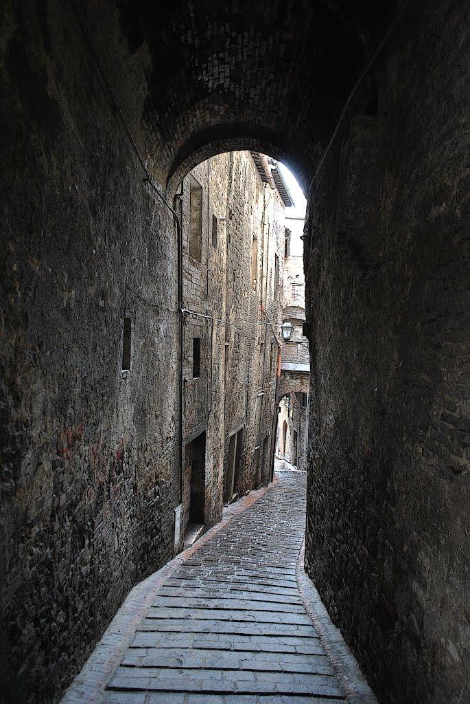 via dei Priori, Перуджа