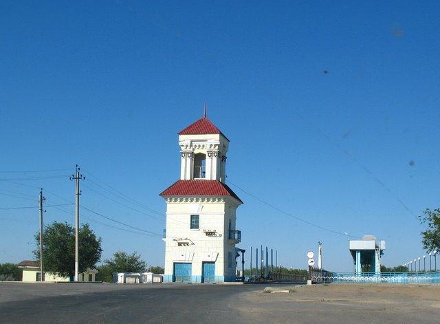 桥头堡(Guard Tower in the east of bridge), Джалагаш