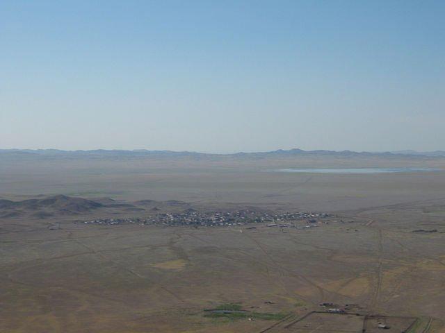 Айнабұлақ (Абай с-зы) Вид с горы на с. Айнабулак (авт.Л.С.), Семипалатинск