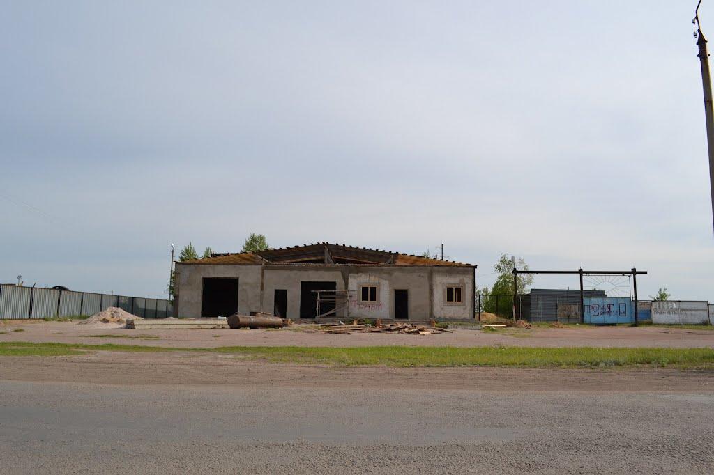 То, что осталось от СТО, Макинск