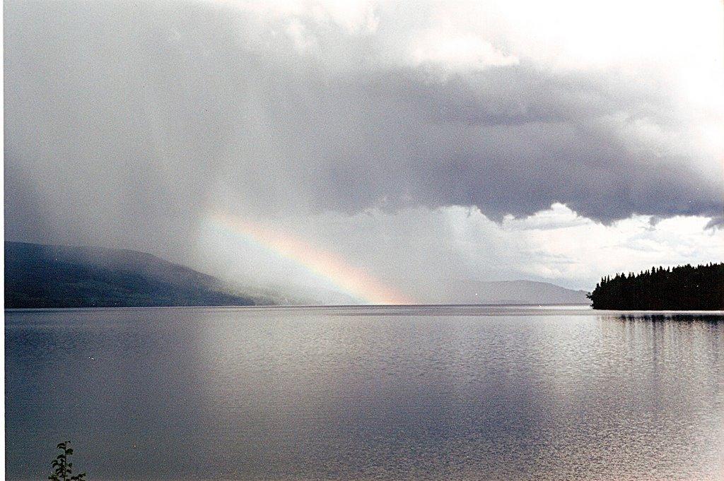 rainbow over Tchesinkut Lake, Миссион-Сити