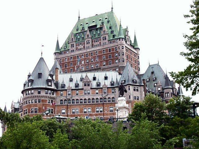 030 Québec, Château Frontenac, Сант-Хуберт