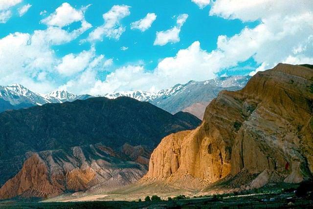 долина Кокомерена, Базар-Курган