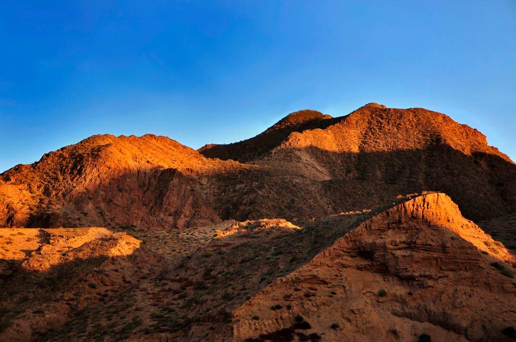 夕阳下的小山, Лиаоиуан