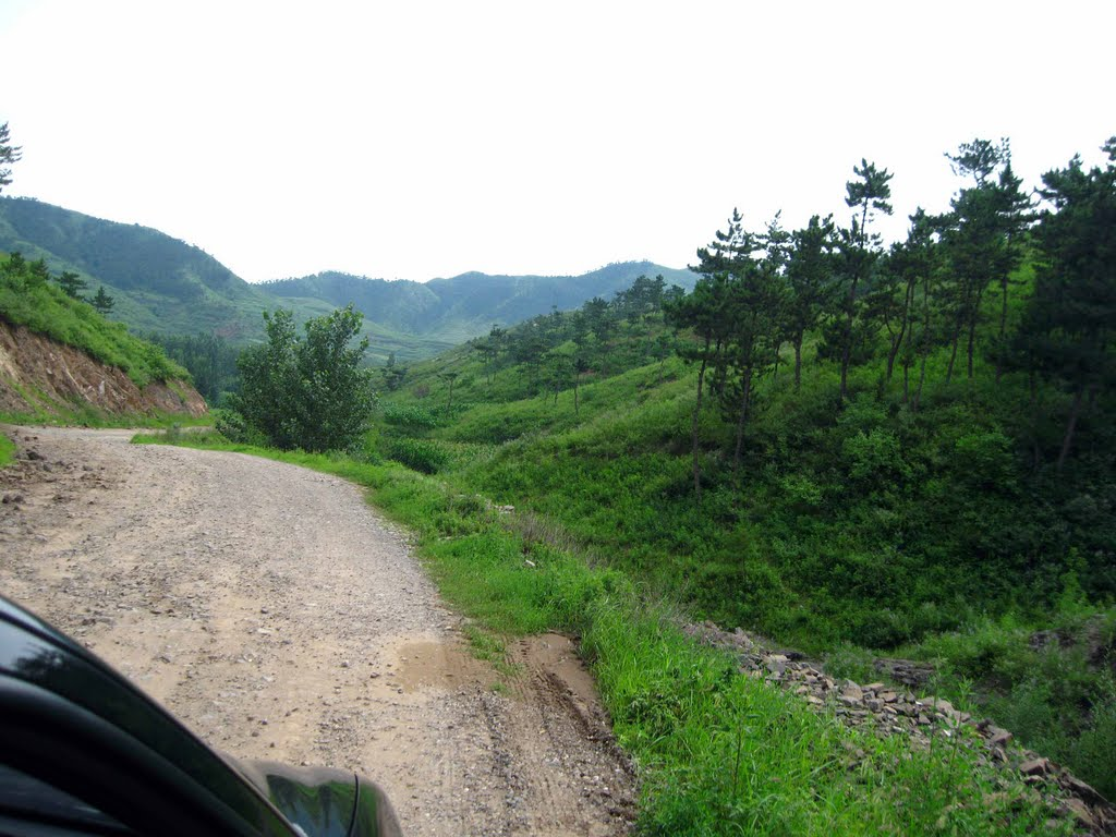 Driving to Qinhuangdao in the Hebei country side, Вейфанг