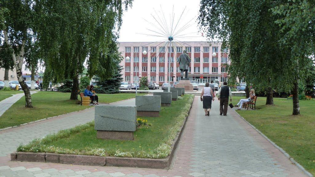 Square Lenine, Поставы