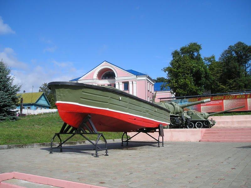 Буксирно-моторный катер БМК-90, Лоев