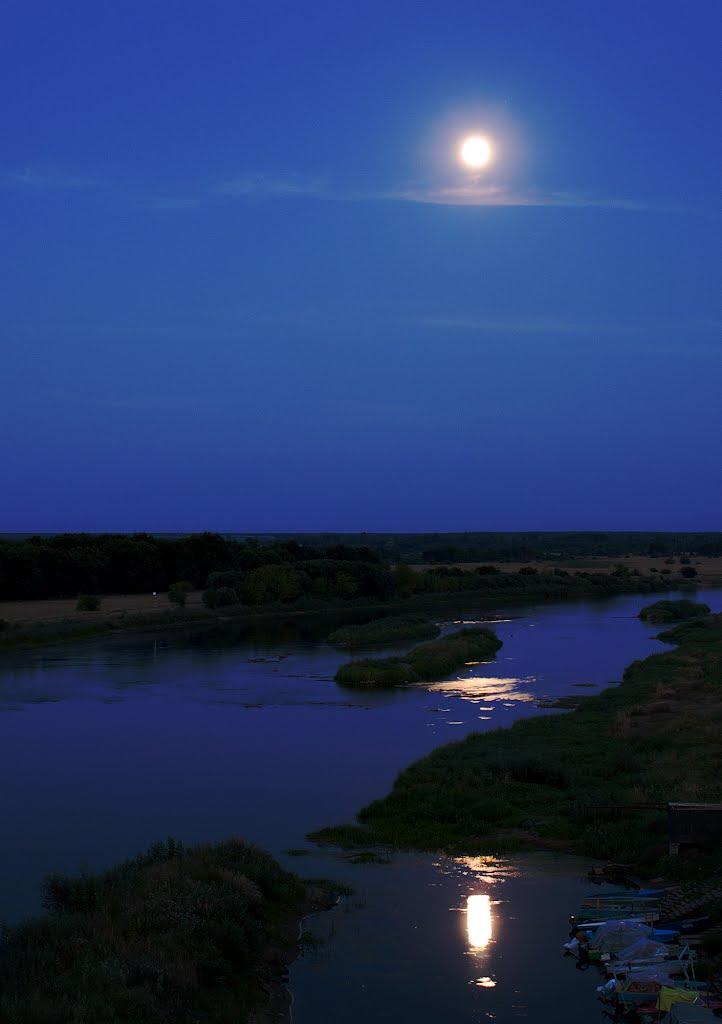 Лунный след, Октябрьский