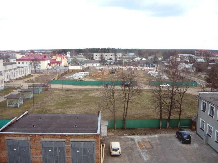 Rogachev Вид на милицию и стройку новой церкви, Рогачев