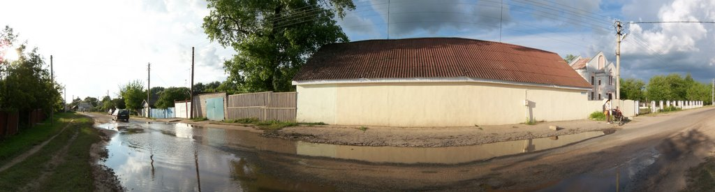 Street near the Evangelist Prayer House, Светлогорск