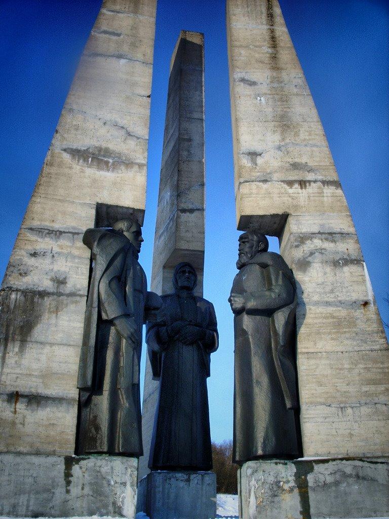 Памятник-монумент в Зельве, Зельва