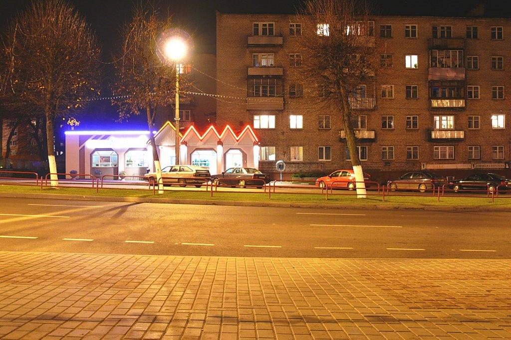 Ленинская ночью, Лида