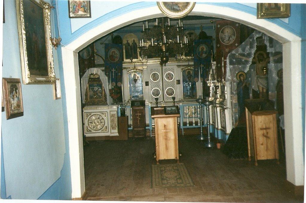 Lida.Wnętrze Cerkwi drewnianej na Cmentarzu Prawosławnym. (2002), Лида