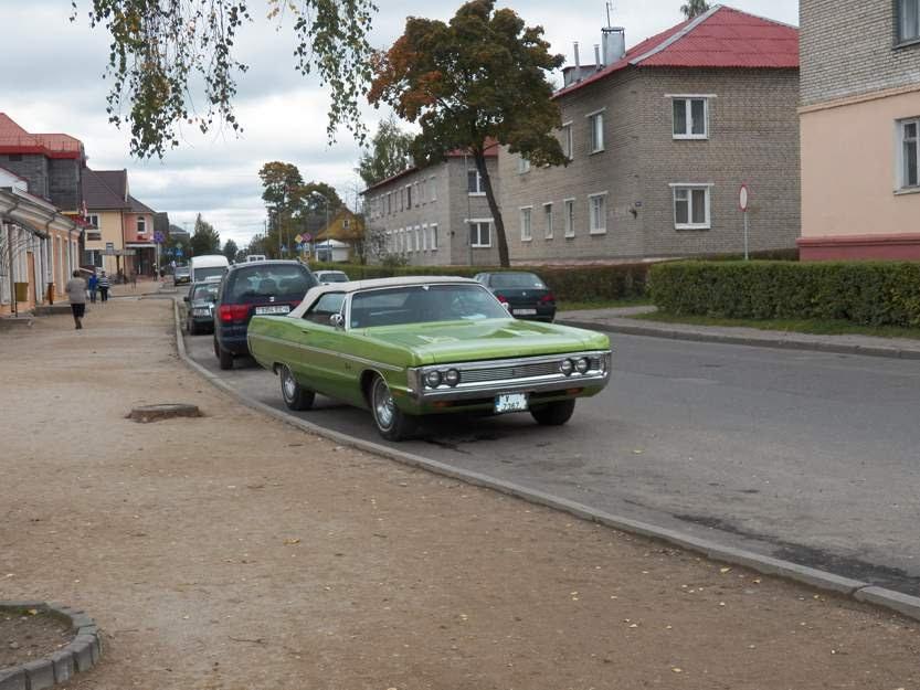 Novogrudok Street Scene, Plymouth Fury Convertible, Новогрудок