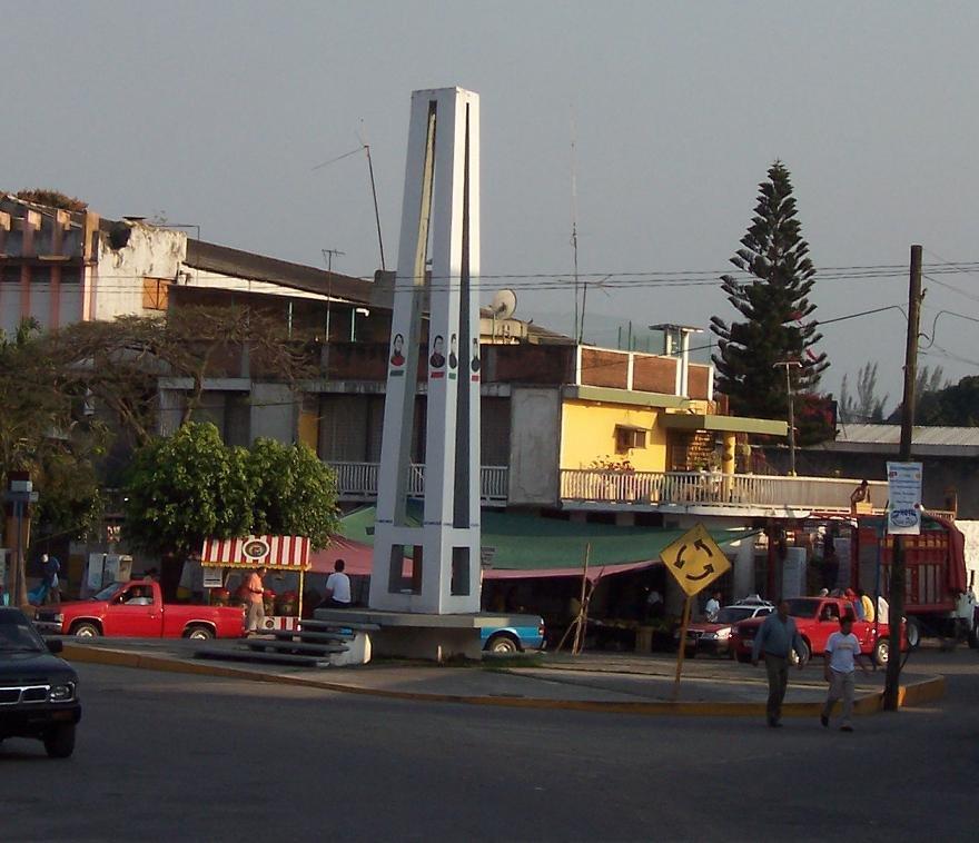 Triangulo de Villa Independencia, Мартинес-де-ла-Торре