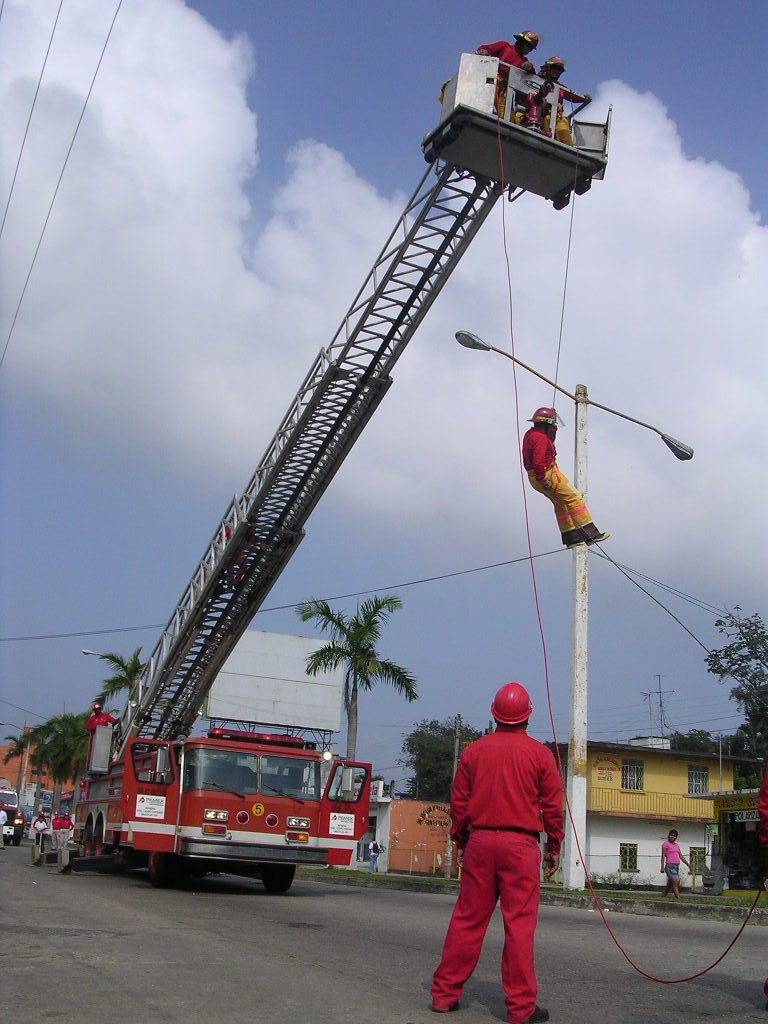 Rescue excercises in Minatitlan, Минатитлан