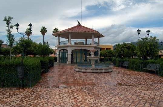 Plaza de Armas Canatlán, Канатлан