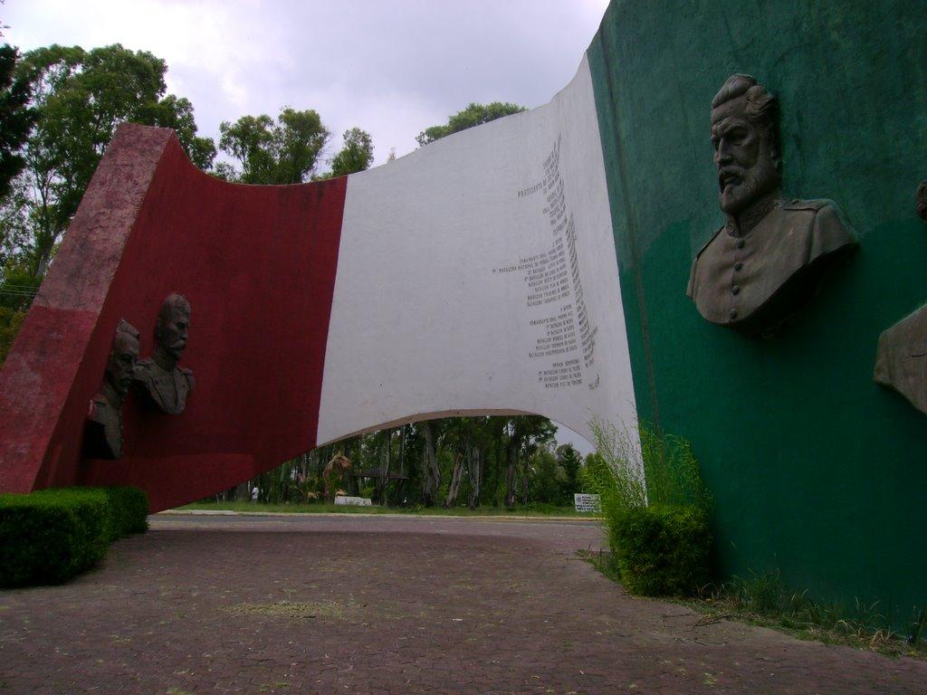 Bandera Monumental a los Combatientes de Puebla, Пуэбла (де Зарагоза)