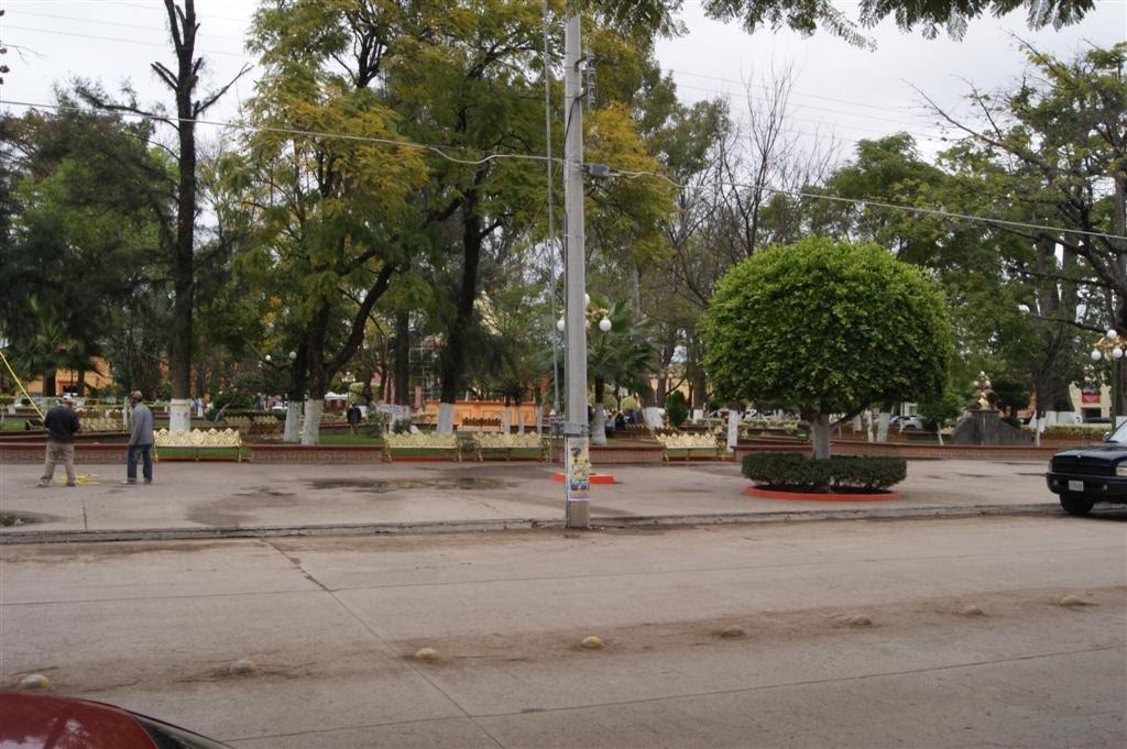 Plaza principal de Cd. Fernandez, Риоверде