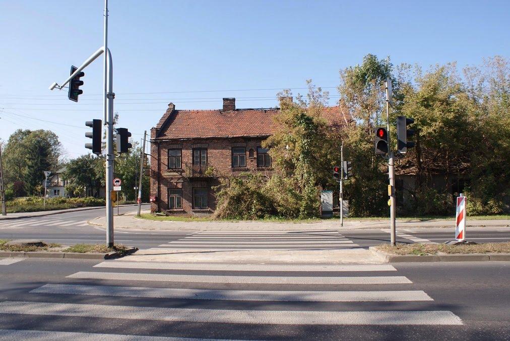 Stary budynek, Пьястов
