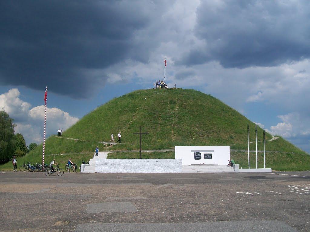 Kopiec Wyzwolenia, Миколов