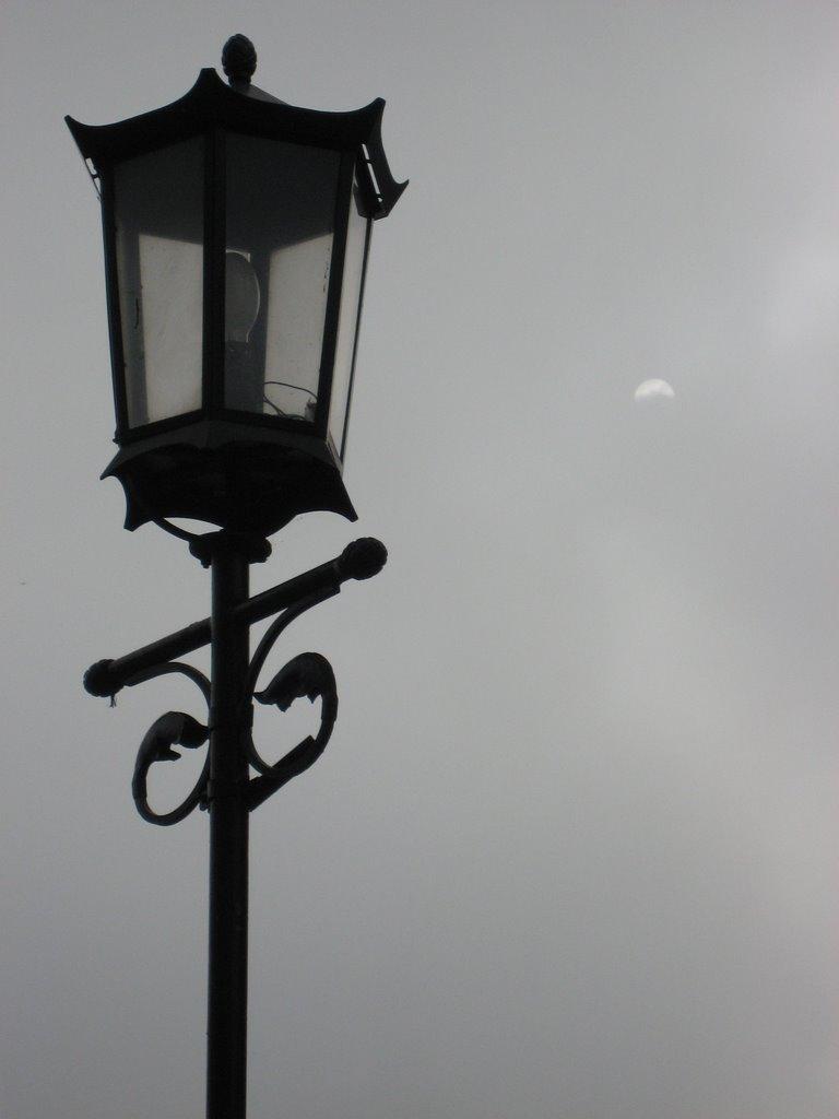 latarnia i słońce we mgle, Сандомерж