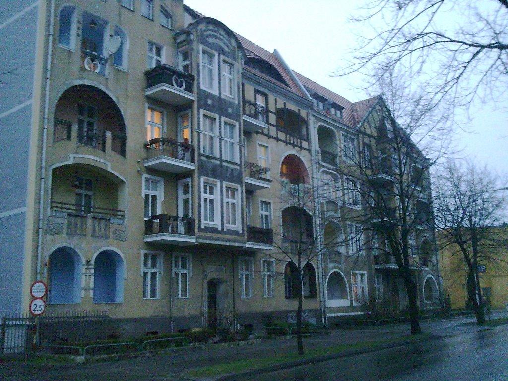 Kamienica przy ulicy Wrzesińskiej, w pobliżu ul. Konopnickiej, Сандомерж