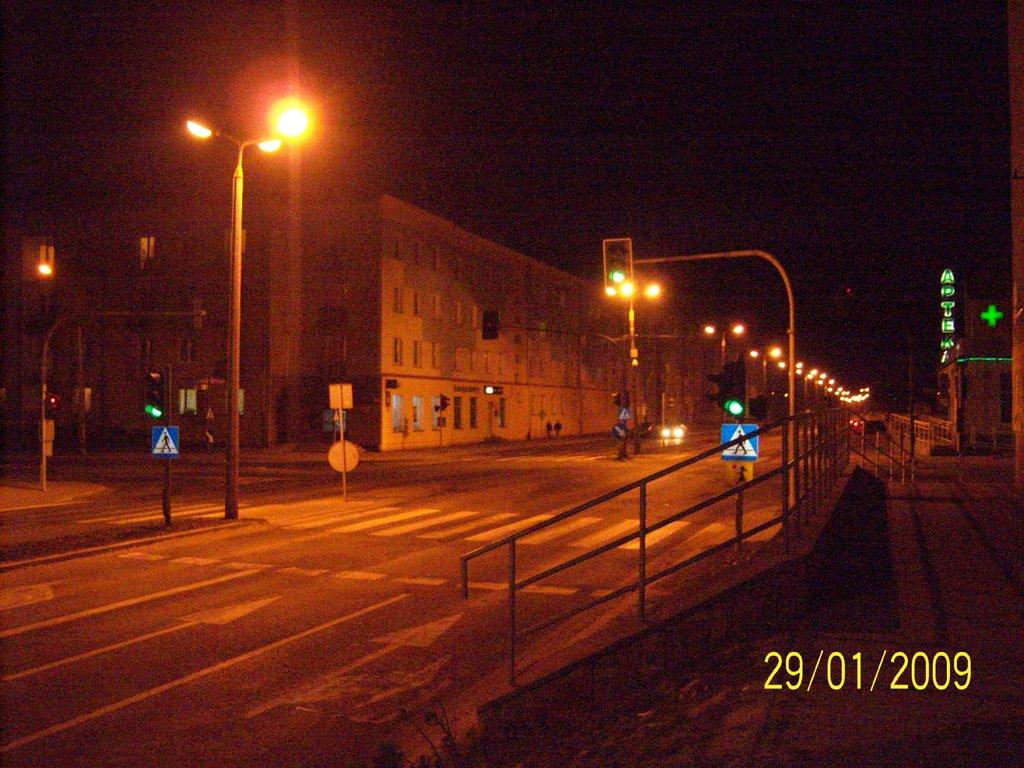 Skarżysko-Kam. ul.Piłsudskiego nocą (w stronę krajowej 7-ki), Скаржиско-Каменна