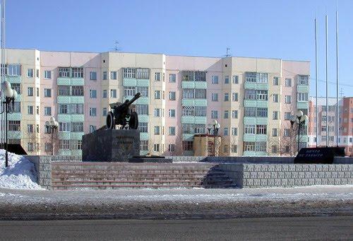 Памятник защитникам, Покачи