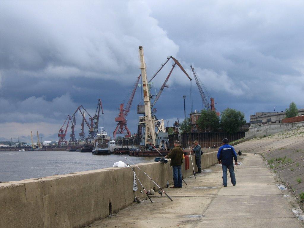 Порт на реке Обь,  г. Нижневартовск, Нижневартовск