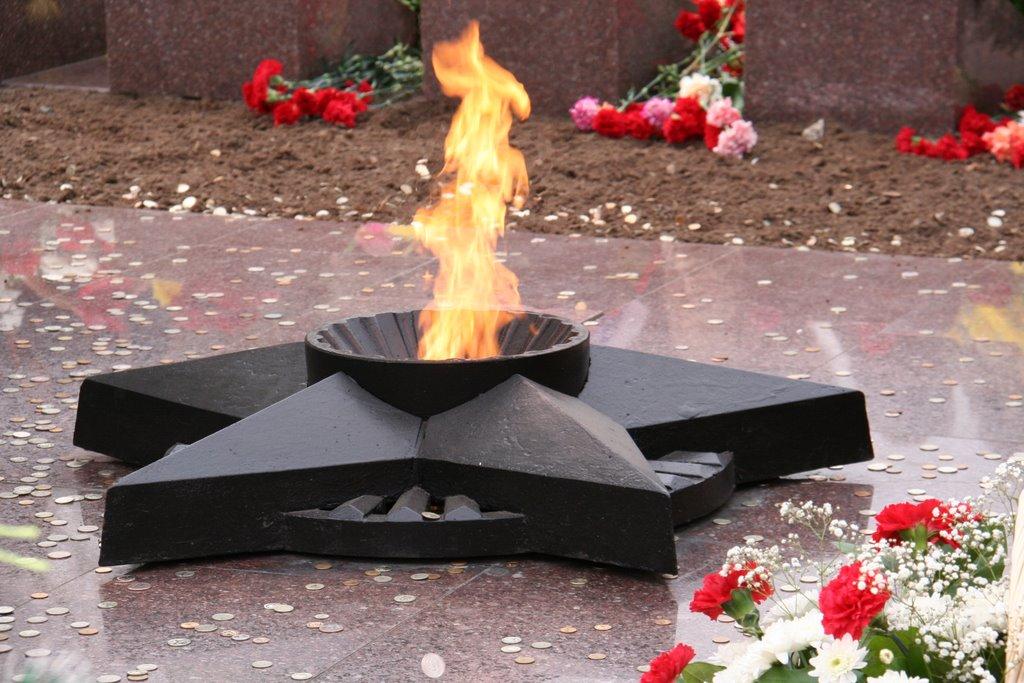 Вечный огонь (май 2009), Сургут