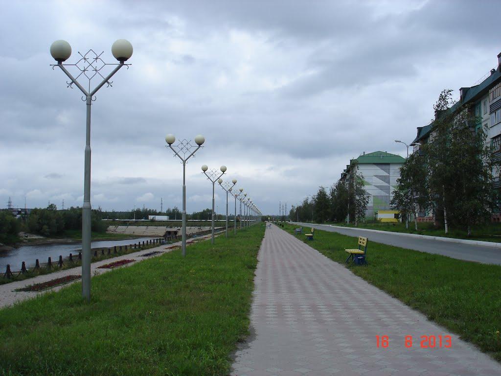 Набережная, Излучинск