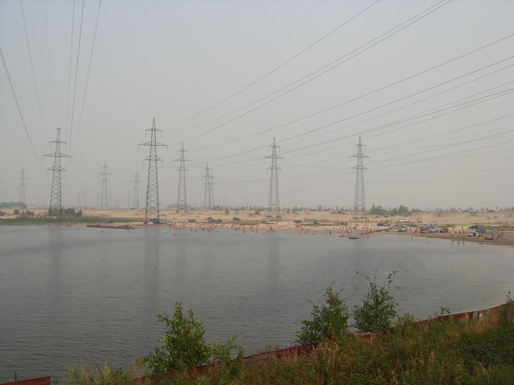 Смог и жара. Озеро у Излучинска., Излучинск