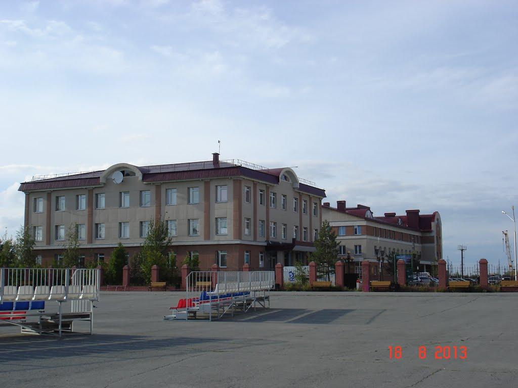 Больница, Излучинск
