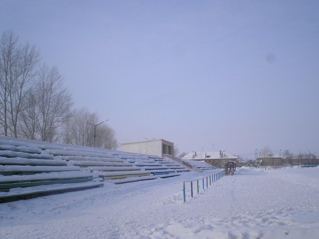 стадион Горняк зимой, Горняк