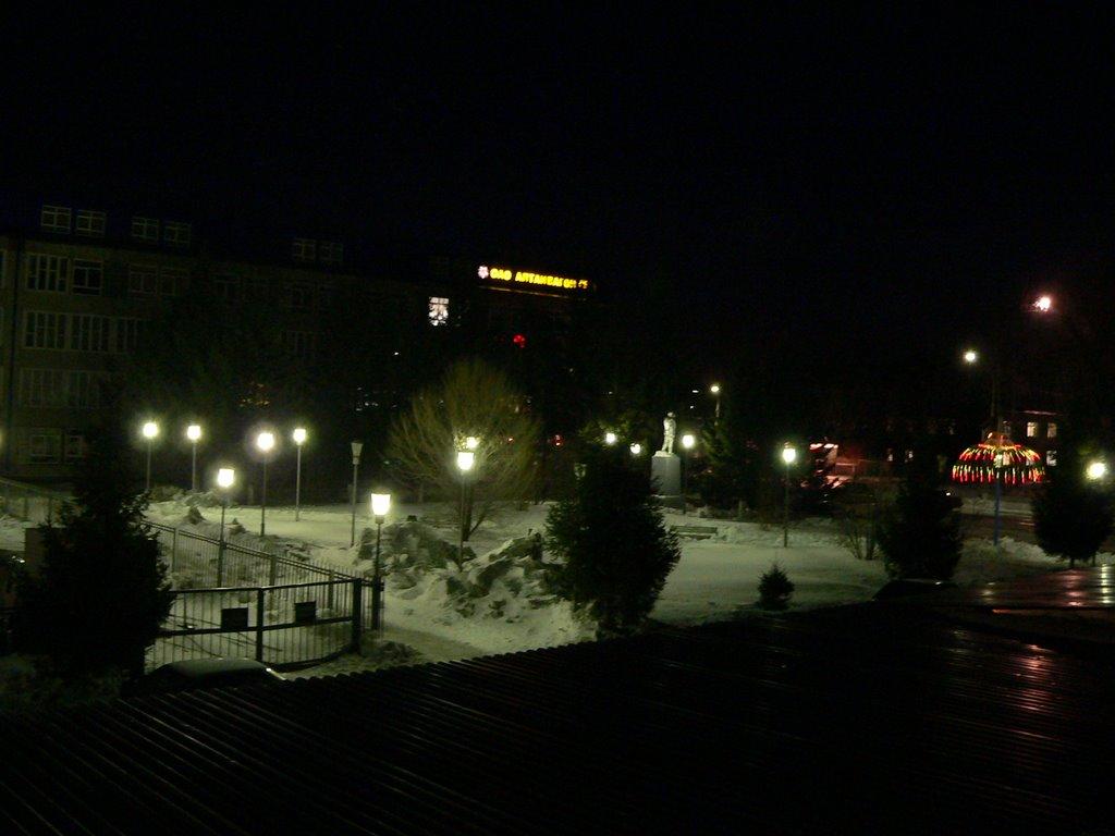 Ночь возле завода Алтайвагон, Новоалтайск