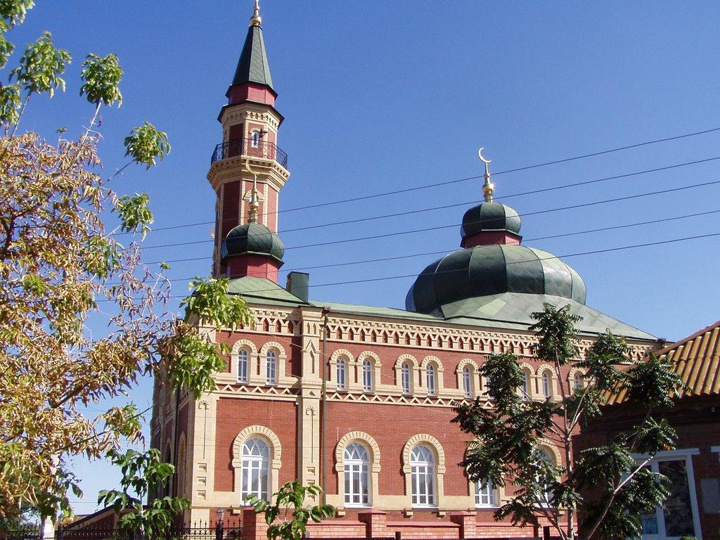 Local mosque, Красный Яр