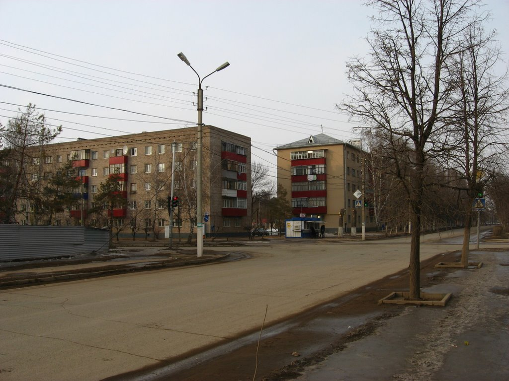 У пересечения улиц Девонской и Герцена, Октябрьский